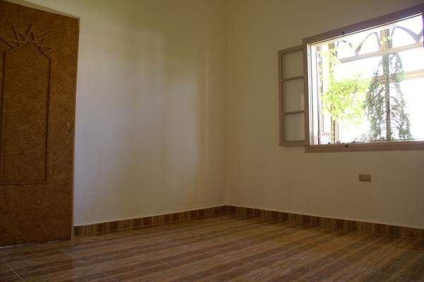 aley apartment bedroom