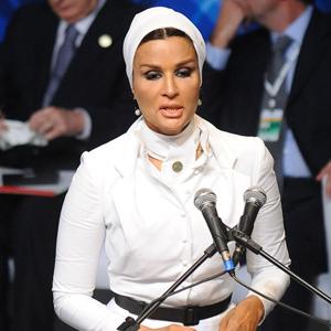 mozah qatar royalty