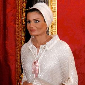 sheikha mozah in chanel