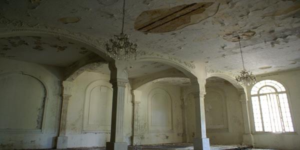 aley-liban-hotel-jbeily-interior